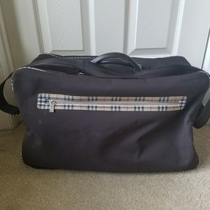 Burberry Parfumes Travel Bag